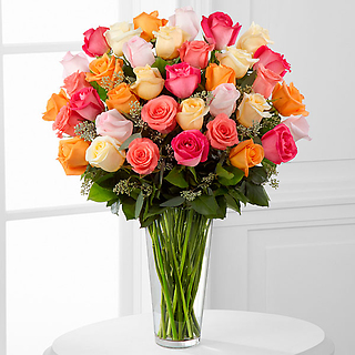 The Graceful Grandeur™ Rose Bouquet